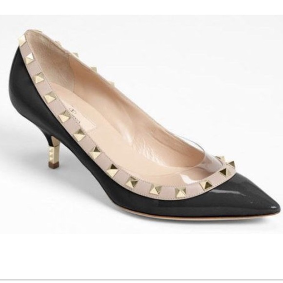 f2eb82ccc76 Valentino rockstud leather kitten pump. M 5a45d7059cc7ef18db102749